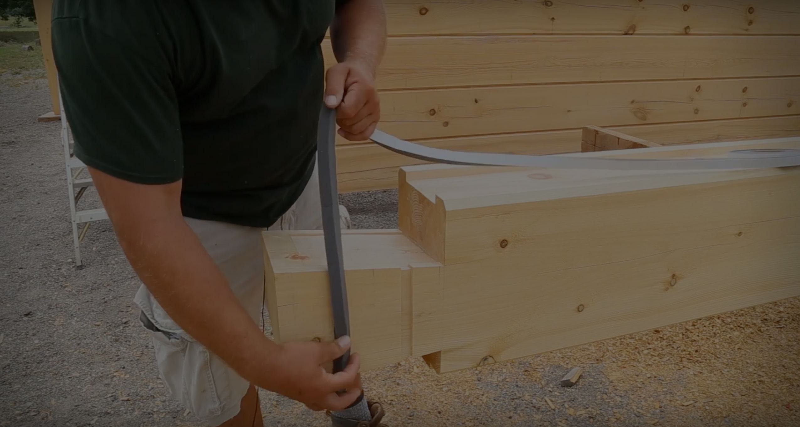 How To Build A Log Home: Gasketing & Sealing
